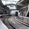 Photos: S字カーブのホーム~萩山駅