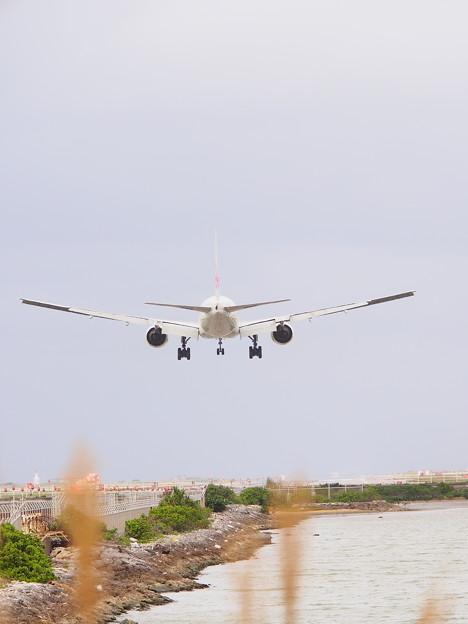 P3093816a JA0087 777-200