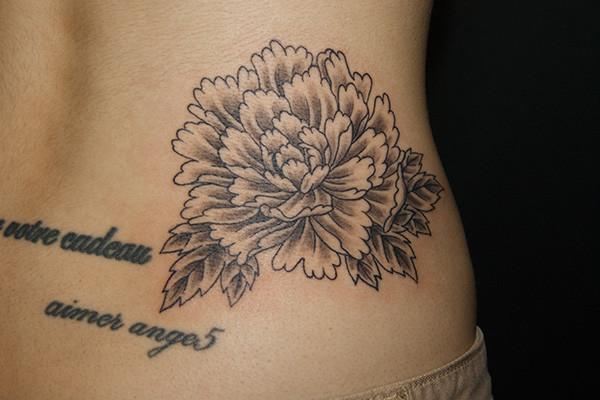牡丹の刺青・タトゥー
