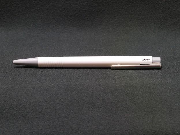 pen01