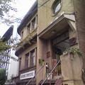 写真: 商船三井築港ビルのお隣、天満屋ビル