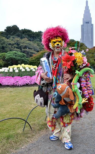 新宿御苑で会ったタイガーマスク