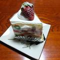 Photos: パティスリーペルルのイチゴのショートケーキ