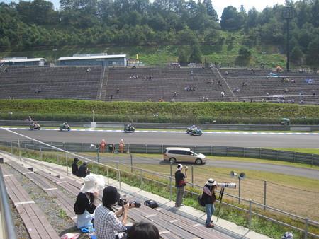 14_2011motogp_rd15_japan_motegi_moto2_class