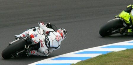 195_72_yuki_takahasi_gresini_racing_moto2_moriwaki_2011