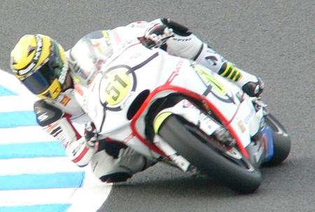 199_51_michele_pirro_gresini_racing_moto2_moriwaki_2011
