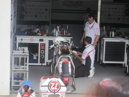 219_gresini_racing_moto2_moriwaki_2011_rd15_