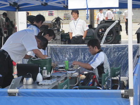 40_2011_cbr1000rr_1_kosuke_akiyoshi