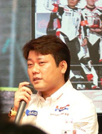 43_2011_cbr1000rr_1_kosuke_akiyoshi