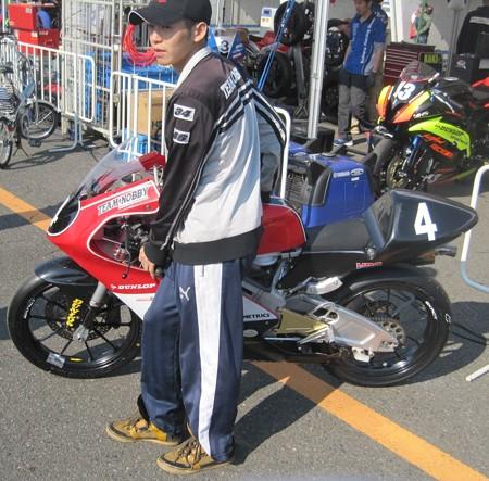 86 4 山本 剛大 Team NOBBY NSF250R