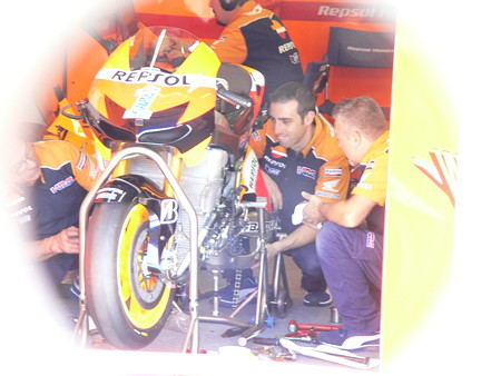 60_repsol_honda_team_rc213v_2012motogp_rd15_japan_motegi