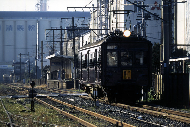 Photos: クモハ12053非貫通側