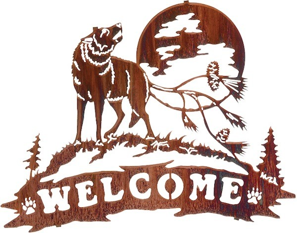 "20"" Pine Cone Wolf Welcome Wall Art"
