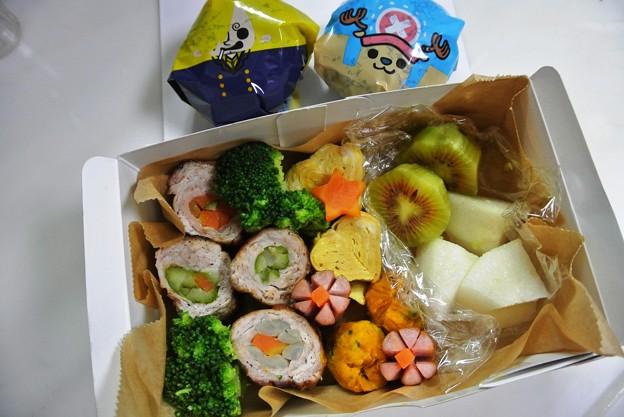 写真: 10月15日(火) 息子の移動教室用弁当