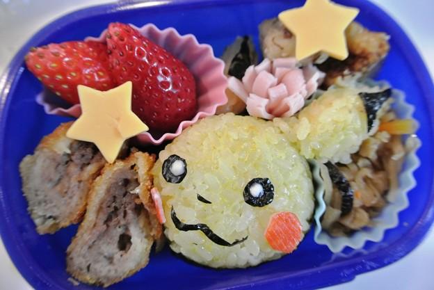 写真: 2013_12_05 「ピカチューおにぎり弁当」