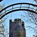 六甲に聳える塔