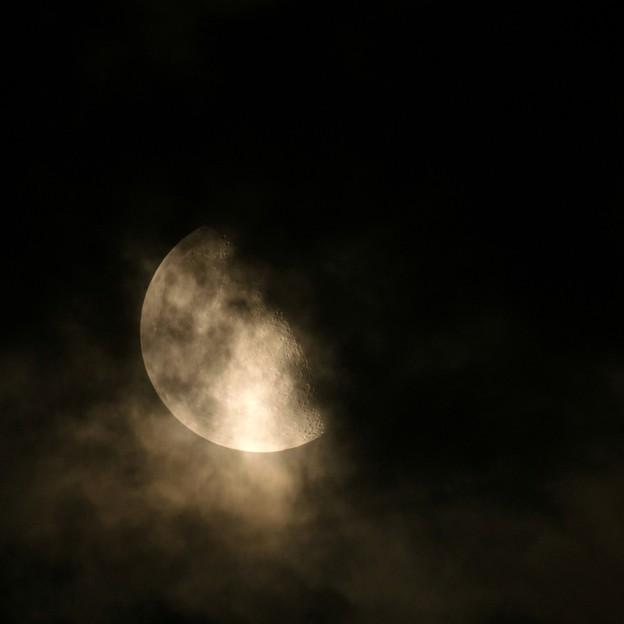 三日月顔のお月様