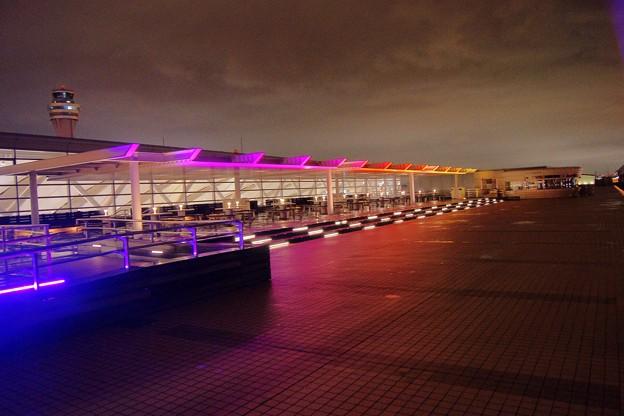 羽田空港第二ターミナル・展望ラウンジから