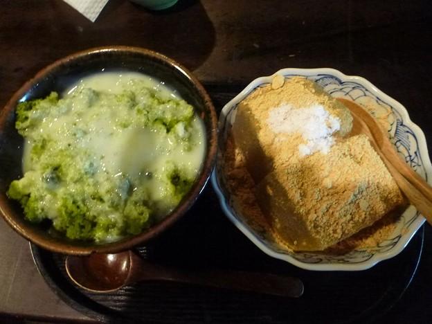 Photos: わらび餅と抹茶氷のセット