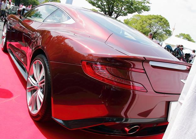 2013 Aston Martin Vanquish(画像編集バージョン)