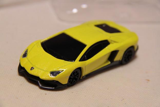 Lamborghini Aventador LP720-4 50th Anniversary(ランボルギーニ アヴェンタドール LP720-4 50周年 アニバーサリー)前