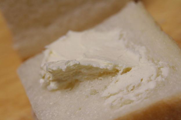 DEVON CLOTTED CREAM WITH BRANDY(デボン クロテッド・クリーム ブランデー)をパンに