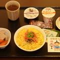 写真: 「ひなまつり」の夕食