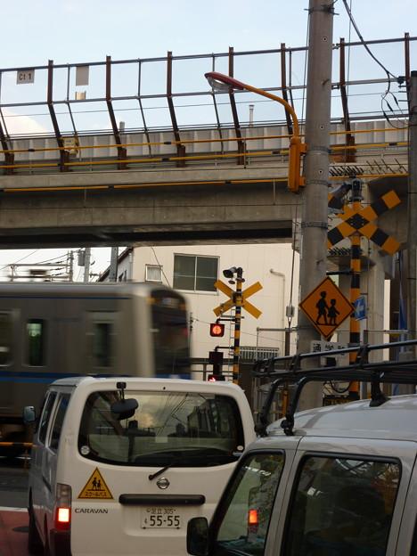 Photos: 夕方の踏切