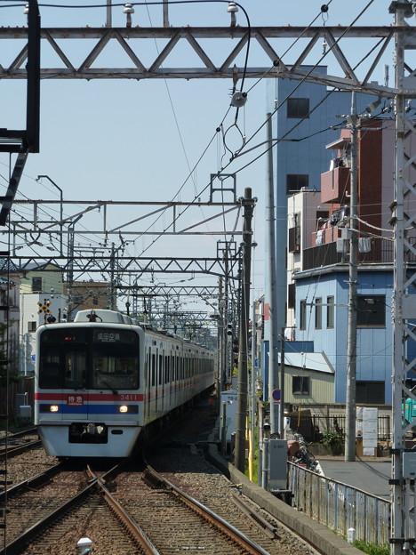 京成小岩駅ホームにて…(2)