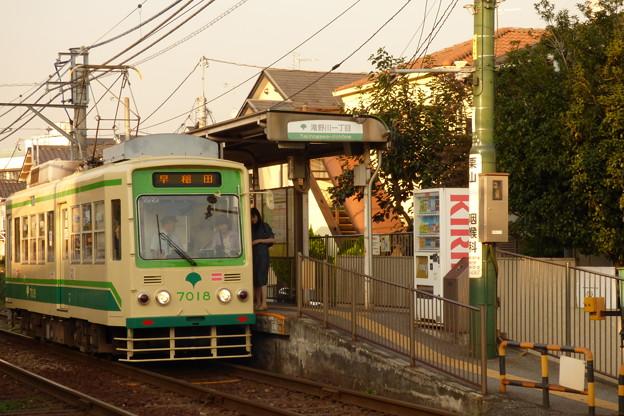 写真: 都電荒川線7018号車?