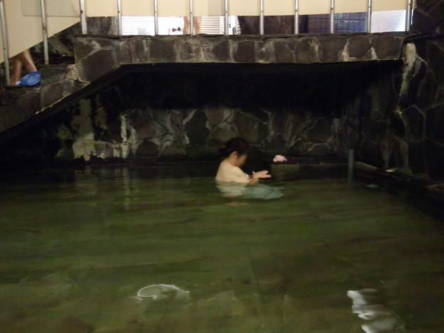 下部温泉・源泉館 大岩風呂