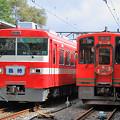 5703列車 と 3114列車