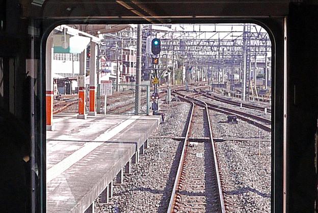 春日部駅 下り副1番線から上り本線へ出発進行