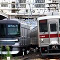 Photos: A718S列車と2522列車