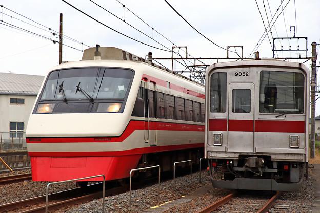 1805列車と9052号車
