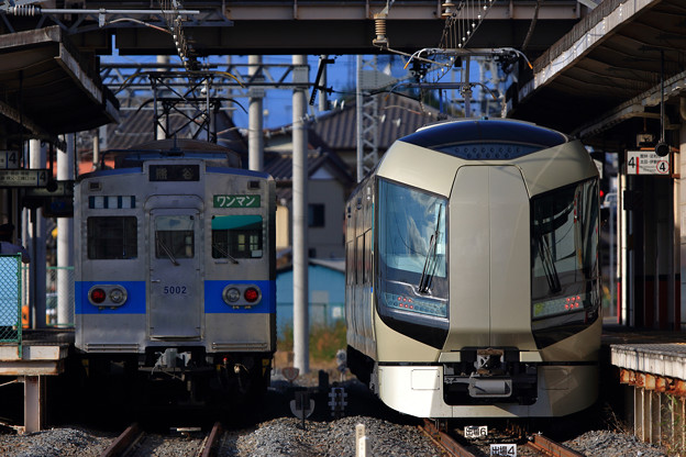 秩父鉄道5002号車と509編成