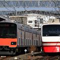 Photos: E4982T列車と1816列車