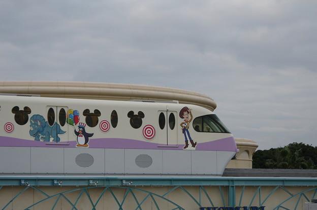 舞浜リゾートライン