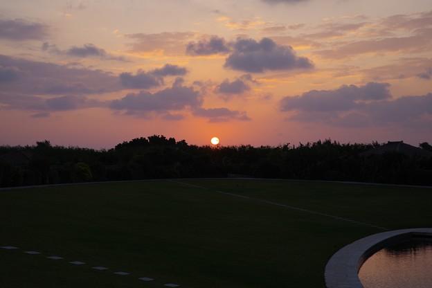 Photos: 竹富島の日の出