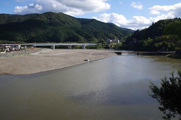 肱川 Hijikawa River from Garyu Sanso