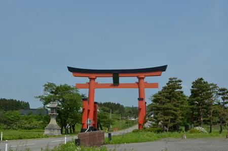 出羽神社・一の鳥居