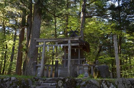 滝尾神社・ 滝尾高徳水神社