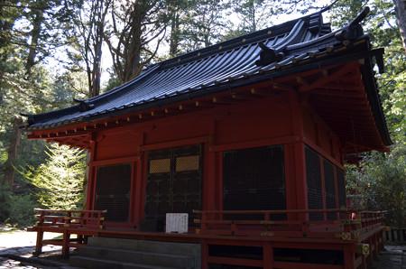 滝尾神社・拝殿
