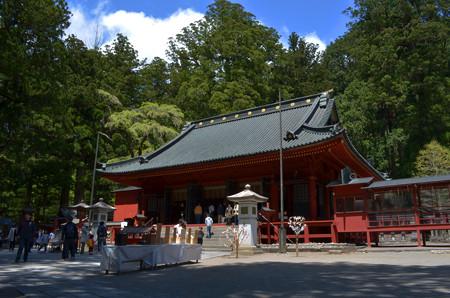 日光二荒山神社・拝殿