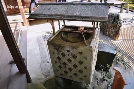 銀閣寺型手水鉢2013年11月24日_DSC_0195