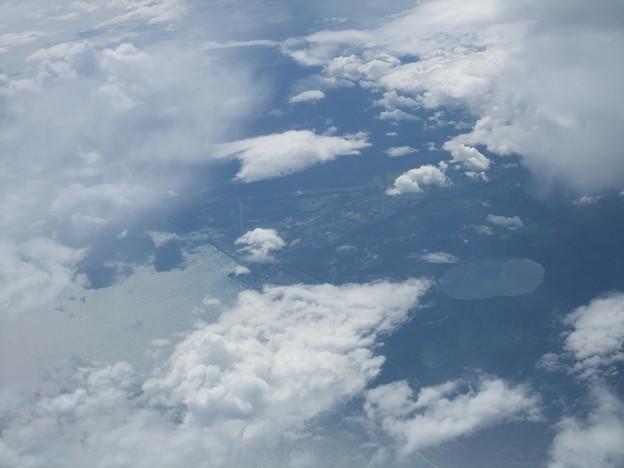 倶多楽湖上空