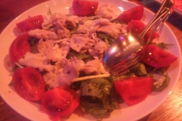 外飯列伝 打ち上げ料理!まずは豚しゃぶ水菜フルトマ、各テーブルに!