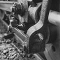 写真: こんなに近くで撮れた蒸気機関車の動輪のクランク@昭和40年代初頭