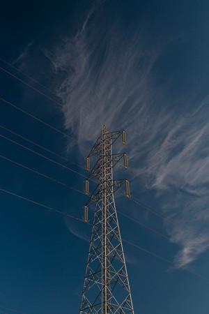 爽やかな空が鉄塔まで爽やかに見せている