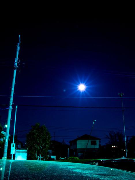 月が勝手に太陽の姿になった(爆)
